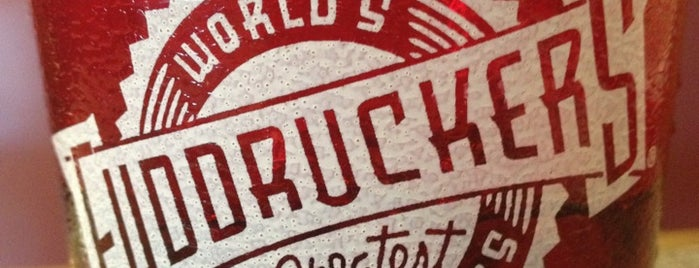 Fuddruckers is one of Lugares Por Visitar.