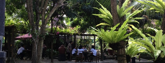 Lemah Ledok Garden Resto is one of Jogjakarta.