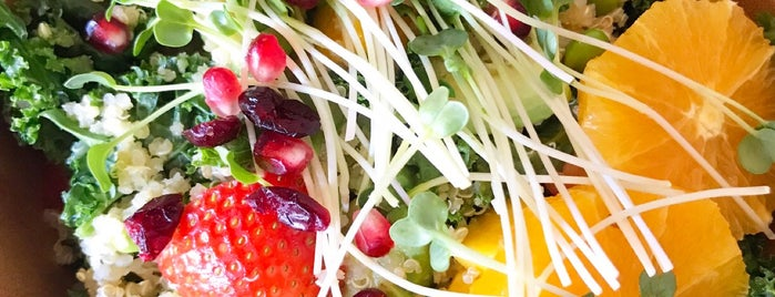 Kale & Quinoa Vegan Cafe is one of Vegan LA.