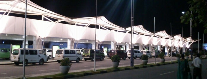 Bandaranaike International Airport (CMB) is one of Lugares favoritos de Ramona.