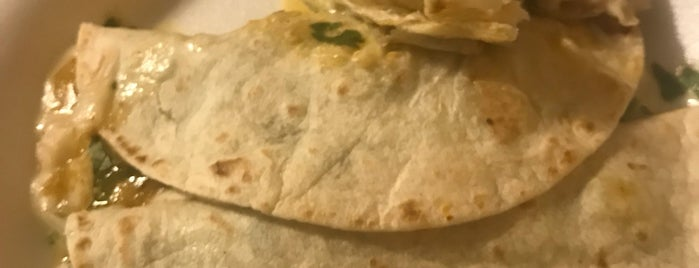 Tacos El Toro #2 is one of Kayla 님이 좋아한 장소.