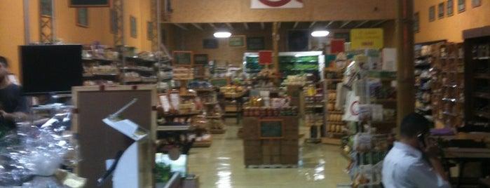 Mercado Apanã is one of Vegan SP.