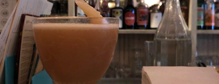 Bar Lunatico is one of Posti che sono piaciuti a Kass.