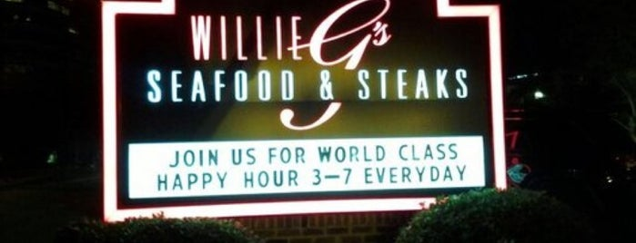 Willie G's Seafood And Steakhouse is one of Orte, die Kris gefallen.
