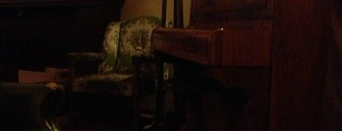 Dubliner's Irish Pub is one of cibo (trattorie & Co.).