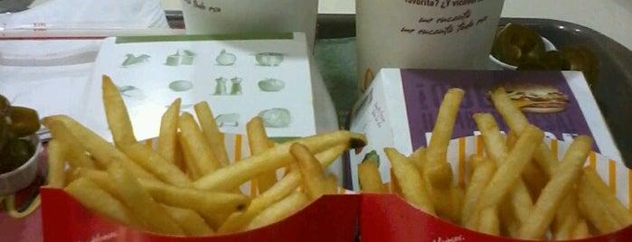 McDonald's is one of สถานที่ที่ René ถูกใจ.