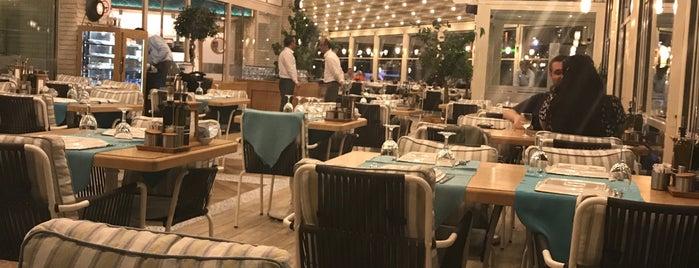 Fikret Restoran & Balık Market is one of Ali'nin Beğendiği Mekanlar.