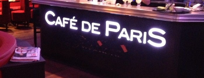 Café de Paris is one of Locais curtidos por Rômulo.