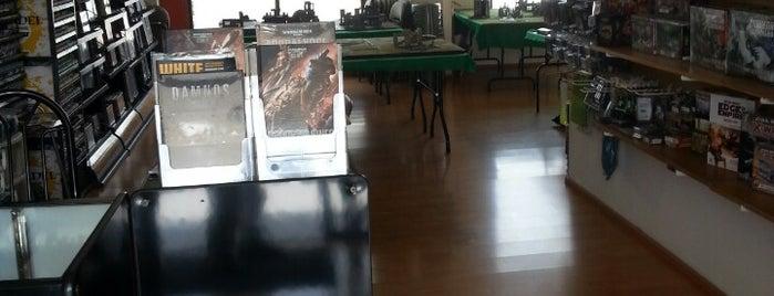 Kallisti: Juegos & Colecciones is one of สถานที่ที่ Edgar ถูกใจ.
