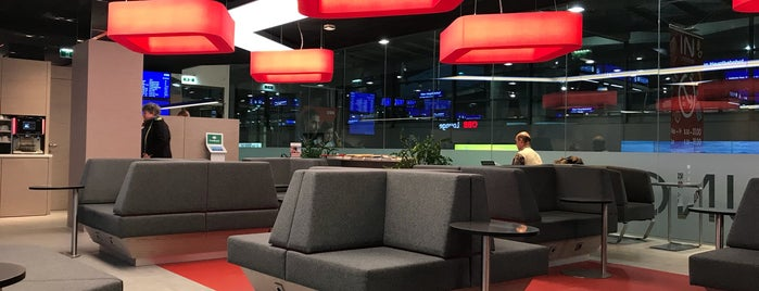 ÖBB Lounge is one of Posti che sono piaciuti a Jason.
