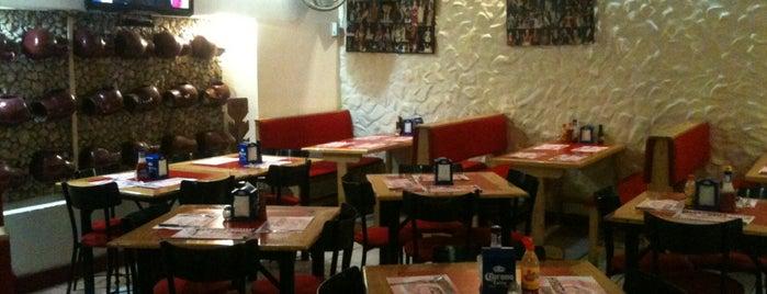 Trattoria Pizzeria is one of Tempat yang Disimpan Roberto.