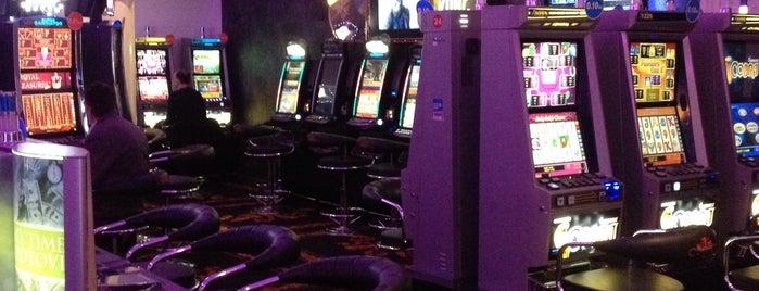casino platinum is one of Orte, die Aisha gefallen.