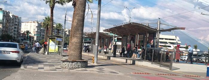 Karşıyaka İskele Tramvay Durağı is one of Veni Vidi Vici İzmir 1.