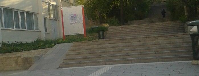Hacettepe Üniversitesi Öğrenci Kasabası is one of Gökhanさんのお気に入りスポット.