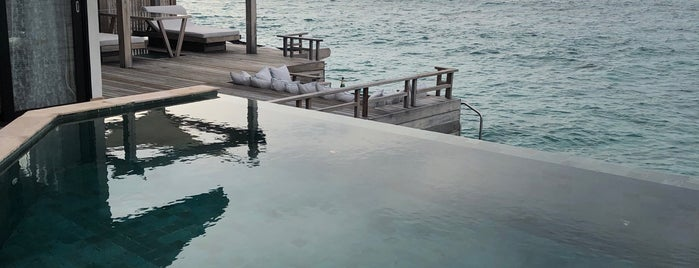 Water Villa Sunset is one of Esra'nın Beğendiği Mekanlar.