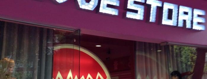 Erotika Love Store is one of Orte, die Daniel gefallen.
