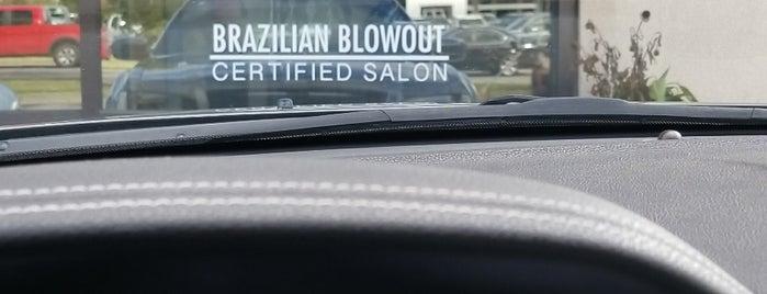 Modish Salon & Spa is one of Lugares favoritos de Layla.