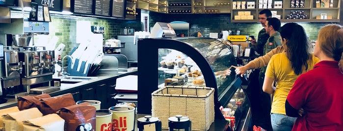 Starbucks is one of Ian'ın Beğendiği Mekanlar.