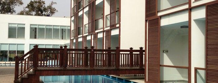 Sentido Golden Bay Hotel is one of Erman'ın Beğendiği Mekanlar.