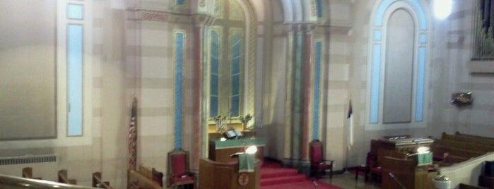 Salem United Methodist Church is one of Lugares guardados de Claudio.