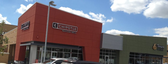 Chipotle Mexican Grill is one of Posti che sono piaciuti a Gozde Basak.