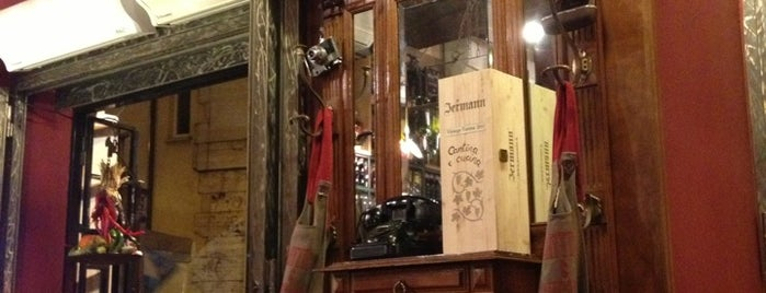 Cantina e Cucina is one of Patas & Pizza.