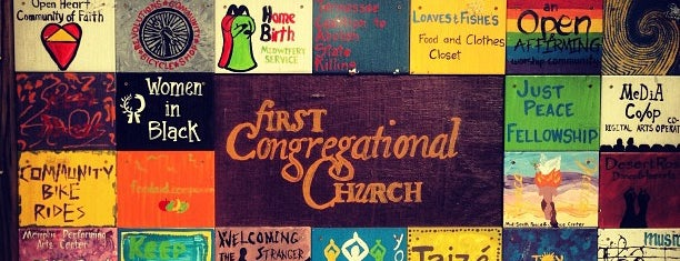 First Congregational Church is one of Shawnさんのお気に入りスポット.