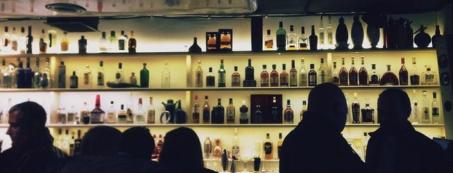Bartender Brothers HQ is one of Capitan'ın Kaydettiği Mekanlar.