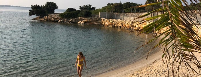 The Beach of Momo is one of Çeşme.