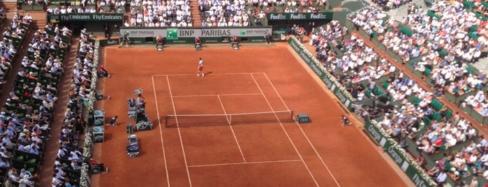 Stade Roland Garros is one of Marc-Edouardさんのお気に入りスポット.