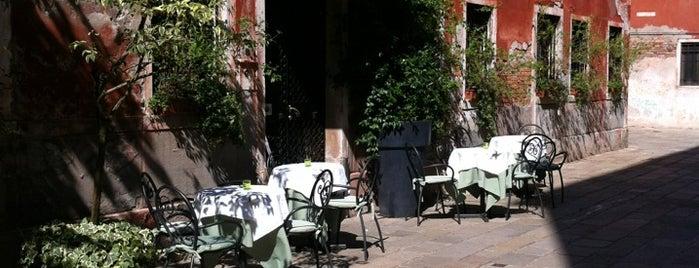 Hotel Marin is one of Lugares favoritos de Kay.