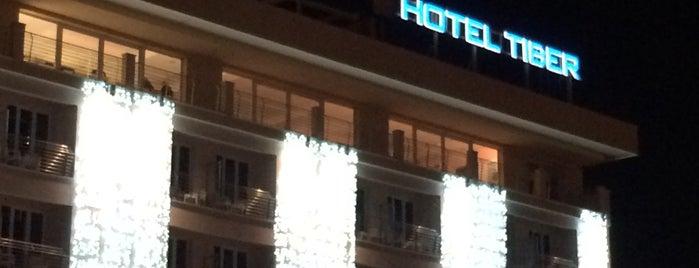 Hotel Tiber is one of MyLynda : понравившиеся места.