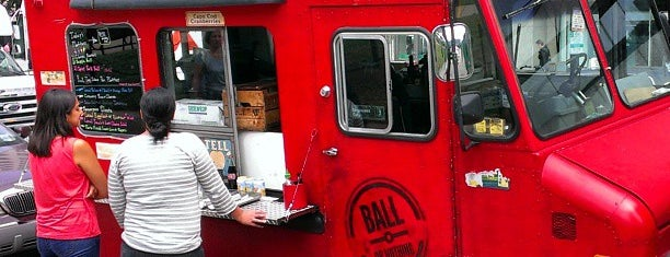 Ball Or Nothing is one of Washington DC Food Trucks.