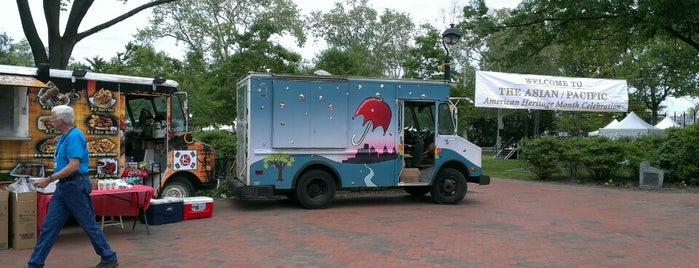 Sugar Philly Dessert Truck is one of Philly Food Trucks.