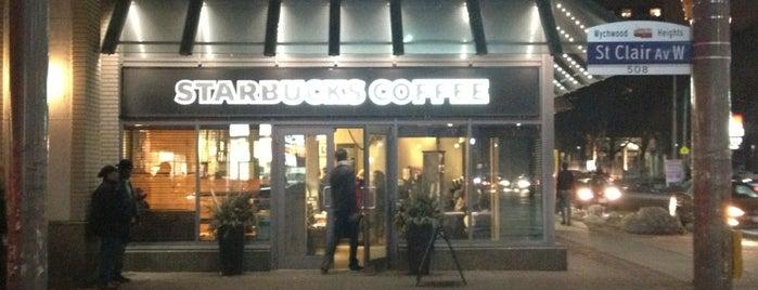 Starbucks is one of Lieux qui ont plu à Katherine.