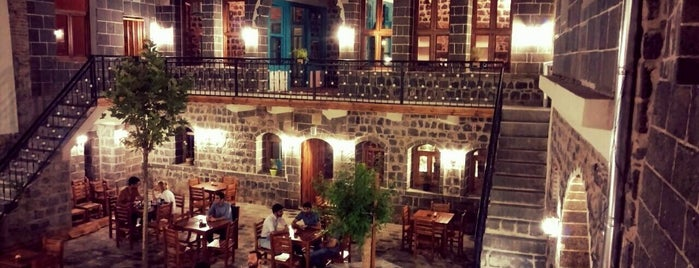 Saray Kapı Kahvaltı & Cafe is one of Diyarbakir.