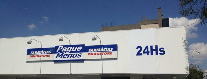 Farmácia Pague Menos is one of Elis'in Beğendiği Mekanlar.