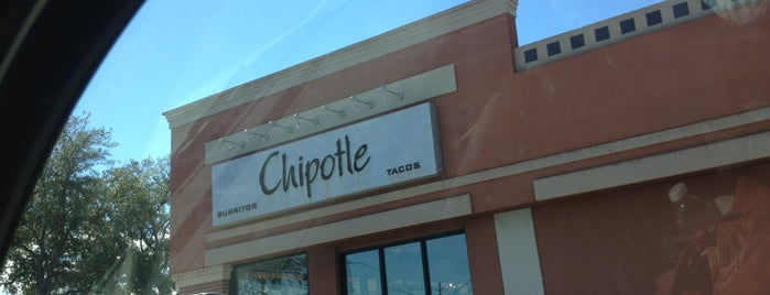 Chipotle Mexican Grill is one of Tempat yang Disukai Thomas.