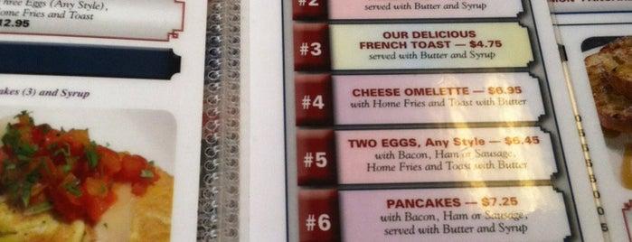 Andover Diner is one of Tempat yang Disimpan Lizzie.
