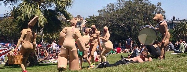 Mission Dolores Park is one of Tips for San Francisco.