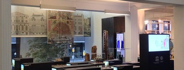 Werelderfgoed Podium is one of All Museums in Amsterdam ❌❌❌.