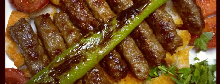 Dostol Kebap Salonu is one of Lugares favoritos de Umut Ayberk.