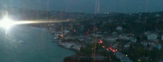 Blackk,Ortaköy is one of Istanbul.