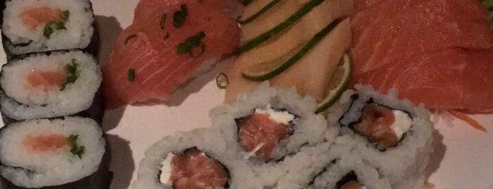 Kabuki Sushi House is one of Lieux qui ont plu à Max.
