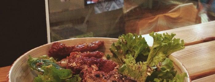 Мамаго is one of Американский ресторан 🍔🍟.