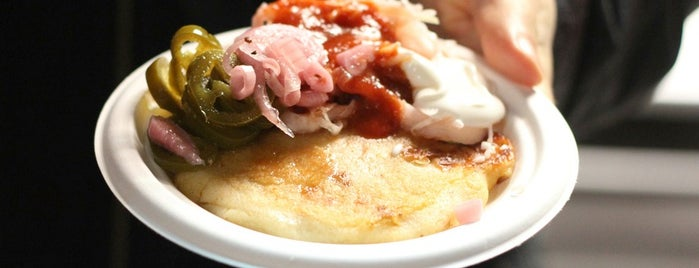 Solber Pupusa @ Red Hook is one of New York á la Cart Street Food List.
