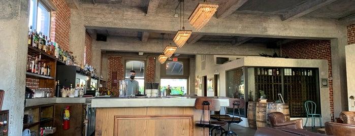 The Tchin Tchin! Bar is one of Prosume Honolulu.