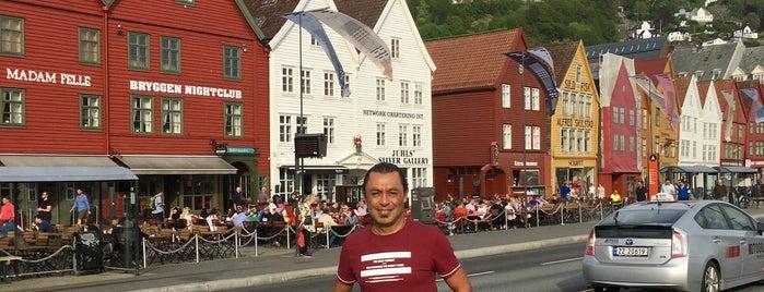 Bryggen is one of Noruega.