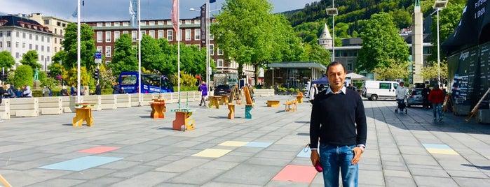 Festplassen is one of สถานที่ที่ Javier ถูกใจ.