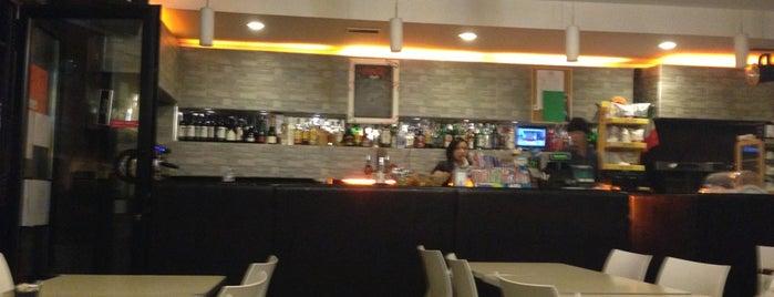 MoMa Bar Cafè is one of Locais salvos de Massimo.